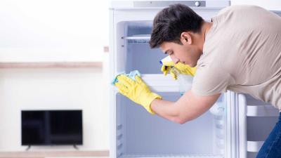 ¿Cómo limpiar la refrigeradora correctamente para evitar malos olores?