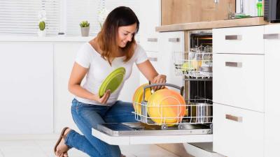 5 electrodomésticos de limpieza infaltables en tu hogar