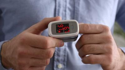 ¿Qué es un oxímetro de pulso y cómo interpretar sus valores?